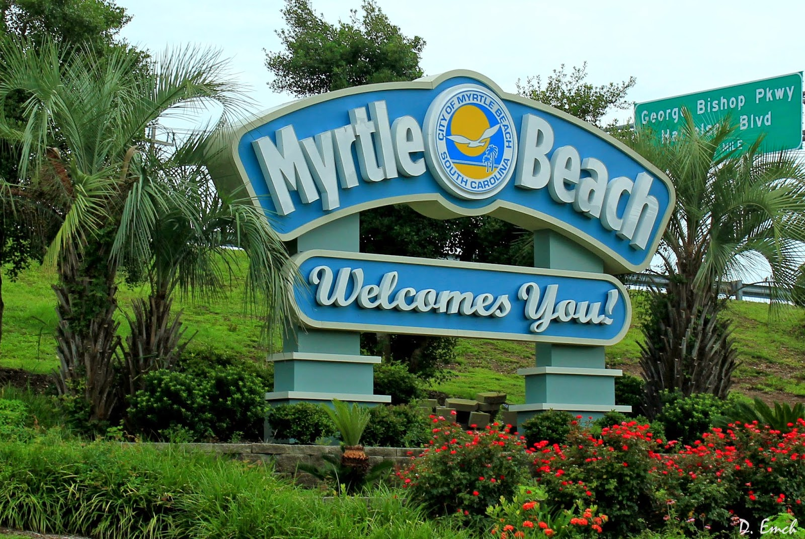 Welcome To Myrtle Beach Sc Whose Greater Metropolitan Area Is Home Roughly 465 000 People It A Resort Town And As Such Houses Numerous Tourist