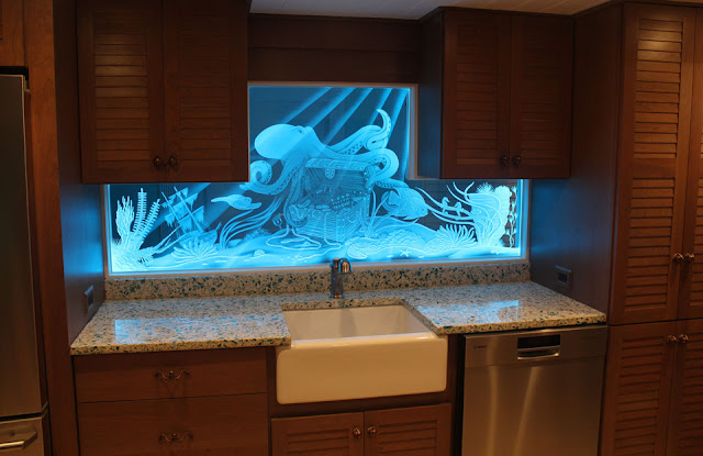 What's The Difference Between Etched Glass And Carved Glass?