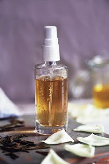 Make A Hydrating Face Mist