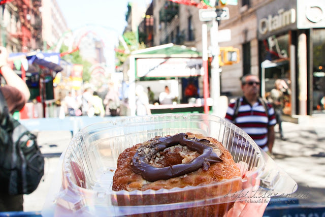 Straßenfest im September in New York mit Cronuts