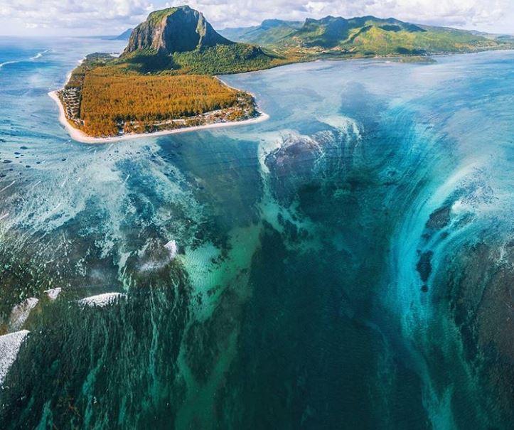 Air terjun bawah air, Le Morne Brabant, Mauritius