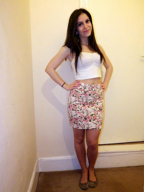 Zara pink floral pencil skirt