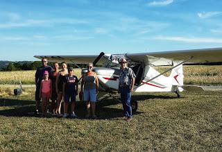 Atterrissage sur la piste privée d'Armentière-en-Brie (77)