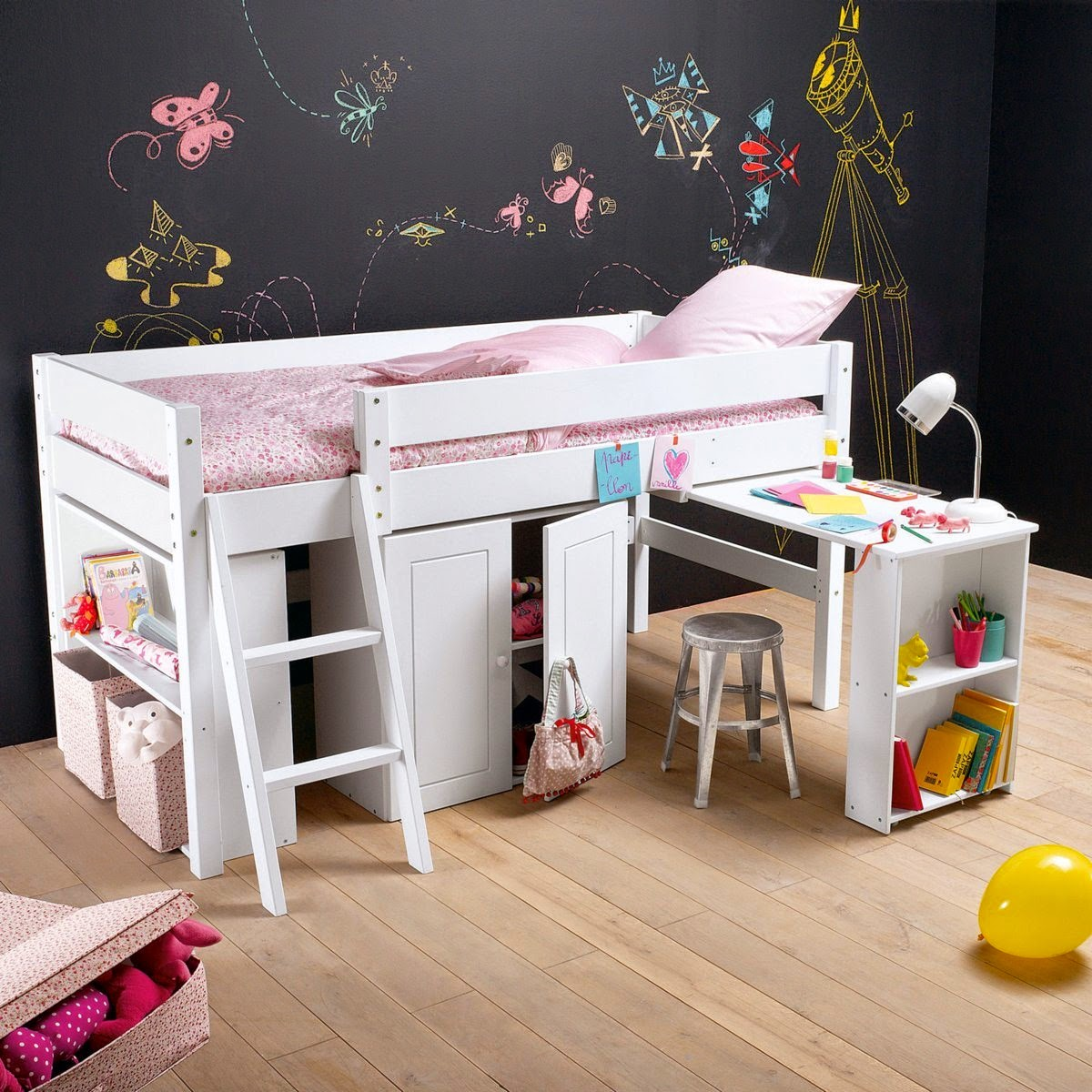 loulou gatou sp cial lits sur lev s pour chambres d 39 enfants. Black Bedroom Furniture Sets. Home Design Ideas