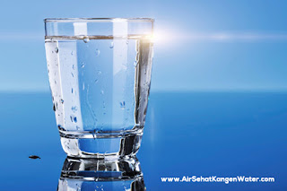 Alasan Mengapa Sebaiknya Minum Air Kangen Water