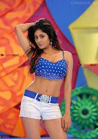 actress sushma raj hd pos5.jpg
