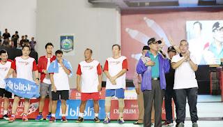 <b>Kembali Tunjukkan Kepedulian pada Dunia Olahraga, Ahyar-Mori Buka Djarum Badminton All Stars dan Coaching Clinic Perdana di Mataram</b>