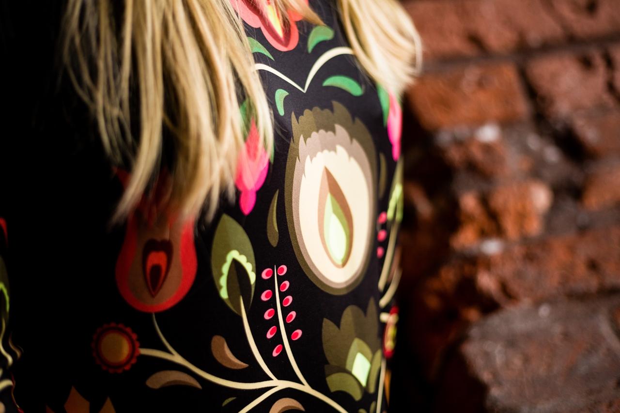 1 folk by koko recenzje opinie jakość sukienka bluza z motywem łowickim kodra folkowe ubrania motywy eleganckie folkowe dodatki kodra łowicka góralskie róże stylizacja polska blogerka łódź moda melodylaniella