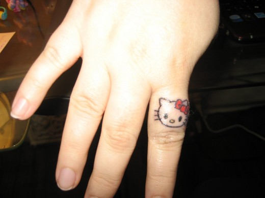 Fashion Top Style Cute And Stylish Small Hand Tattoos For Girls 2012