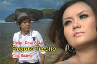 Lirik Lagu Segoro Tresno (Badree)