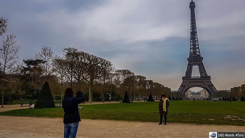 Champs de Mars  - O que fazer em Paris: principais pontos turísticos