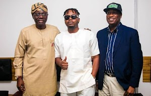 Olamide endorses APC governorship candidate Jide Sanwoolu after meeting with him.