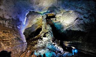 Manjang Cave yang Pasti Membuat Terpukau