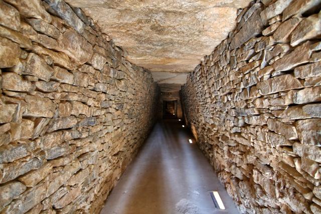 Sepulcro Corredor de el Dolmen de El Romeral