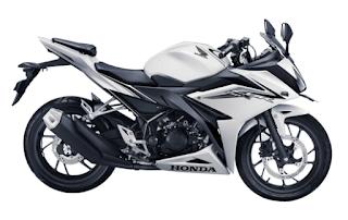Honda CBR150R Revolution White terbaru 2016