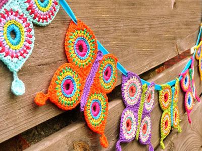 crochet applique butterfly garland
