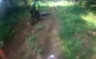 Video Sosok Manusia Kerdil yang diduga Suku Mante di Aceh, Heboh kan Netizen.