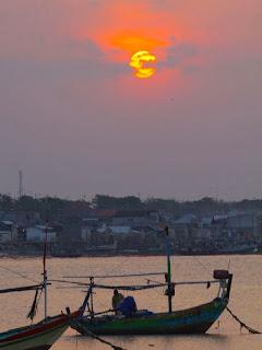 KUMPULAN FOTO SUNSET INDAH Gambar Sunset Terbaik Pantai ...
