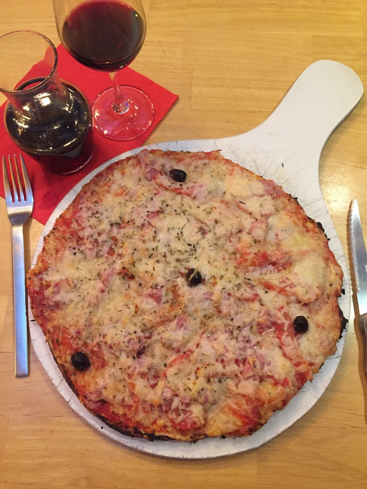 vichy travel guide review pizza food