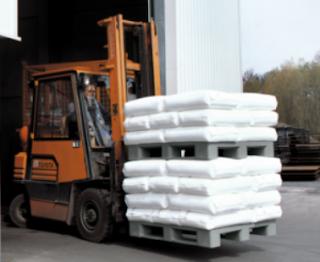 Kelebihan Pallet Plastik untuk Menyimpan Barang Produksi