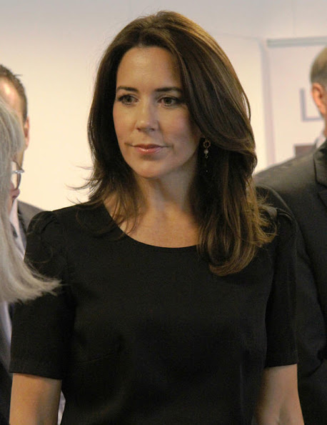 Crown Princess Mary  participated in the official opening of the Danish Refugee Council's new language center