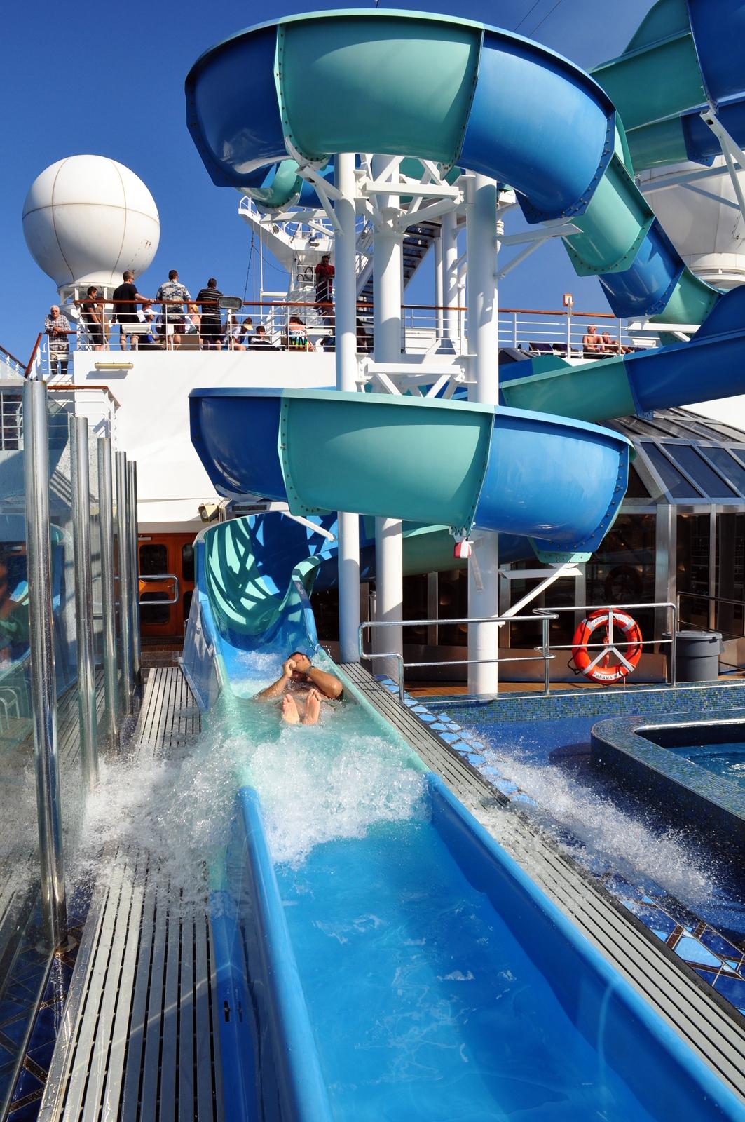 What Am I Doing?: Carnival Splendor: The Ship