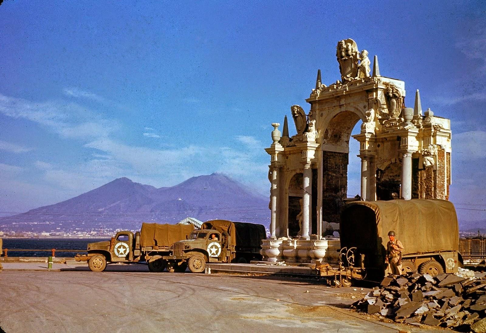 http://3.bp.blogspot.com/-Q-sxLSaqBwA/VLaaBjcC8wI/AAAAAAABOKA/OWvvx2u4LQI/s1600/Rare+Color+Photographs+from+World+War+II+(14).jpg