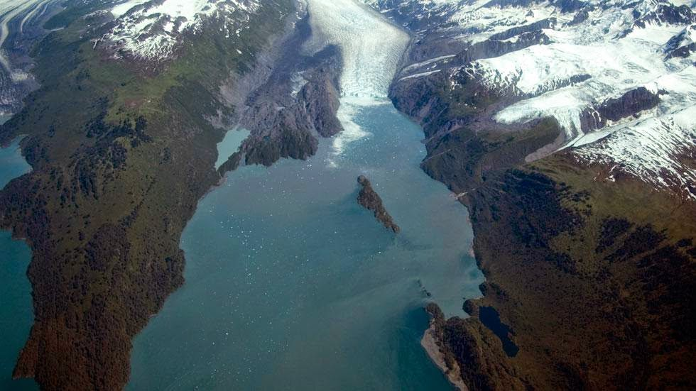 Yale Glacier and Inlet (2006) - Photos of Alaska Then And Now. Get Ready to Be Shocked When You See What it Looks Like Now.