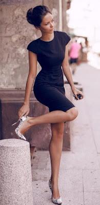 Vestido tubinho com scarpin