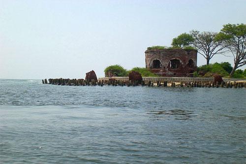 Selain Pulau Pari Atau Tidung, Ini 5 Pulau Keren Lain Di ...