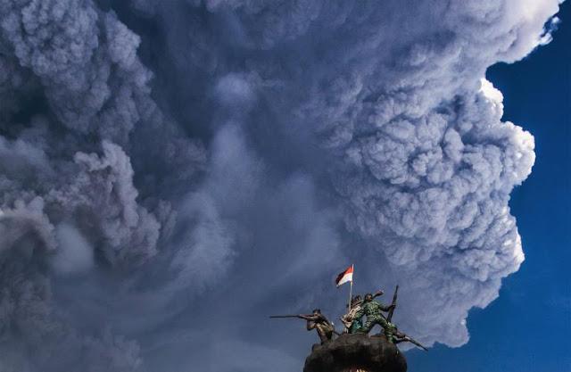 Sinabung Erupsi Dahsyat, Sejumlah Desa Gelap Gulita, Dampak Erupsi Hingga ke Dairi dan Aceh Tenggara