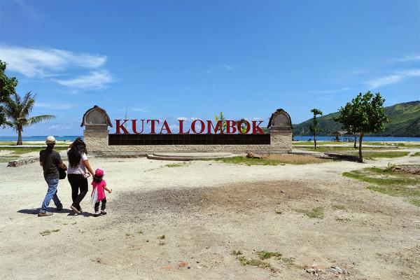 Tiba di Pantai Kuta Lombok