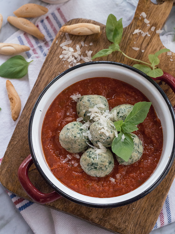 malfatt-con-salsa-de-tomate