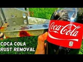 إزالة الصدأ السيارة باستعمال مشروب كوكاكولا