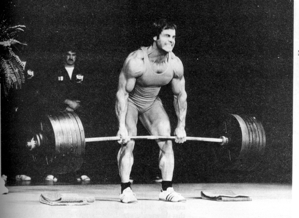 a959bd7e6f97 Franco Columbo Pulling Big Weights with a Mixed Grip