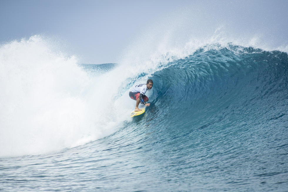 14 Bruno Santos BRA Billabong Pro Tahiti foto WSL Kelly Cestari