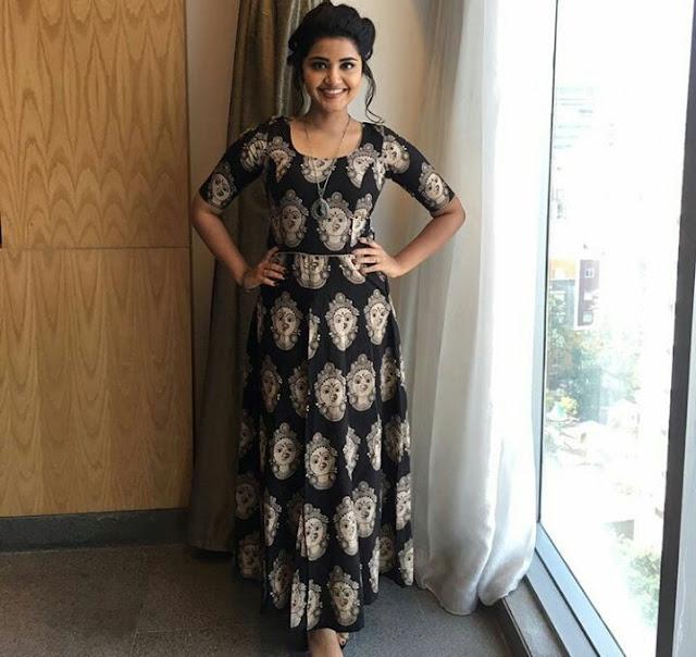 Anupama Parameswaran Latest Stills : Vunnadi Okate Zindagi promotions