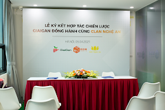 Bản tin AoE Thứ Hai ngày 5/4: Lễ ký kết hợp đồng giữa Clan Nghệ An và Nhà tài trợ, nhiều trận đấu hấp dẫn trong ngày