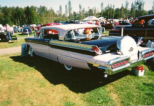 "Barry Thomas' ""Wheel to Wheel"": July 10: Old Car Oddities"