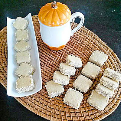 Tahinli Susamlı kurabiye tarifi nasıl yapılır nefis kolay videolu tatlı yemek tarifleri bu blogta tahini cookies recipe.
