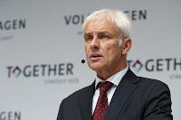 VW-sjef Matthias Müller har tunge tider.