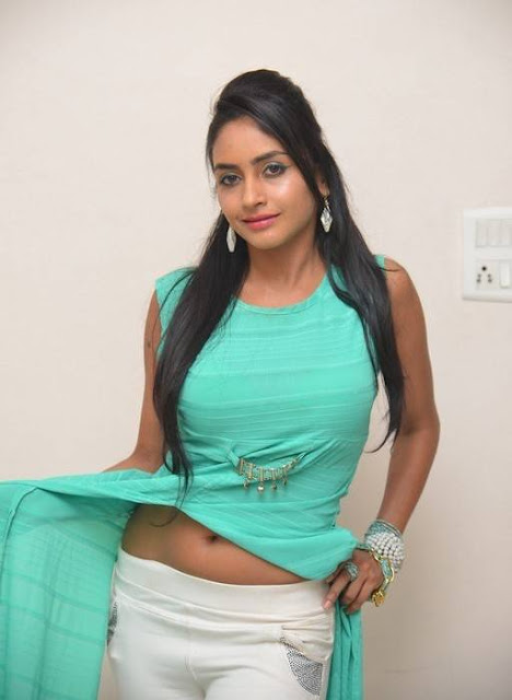 Actress Pooja Sri Hot Photos 2016