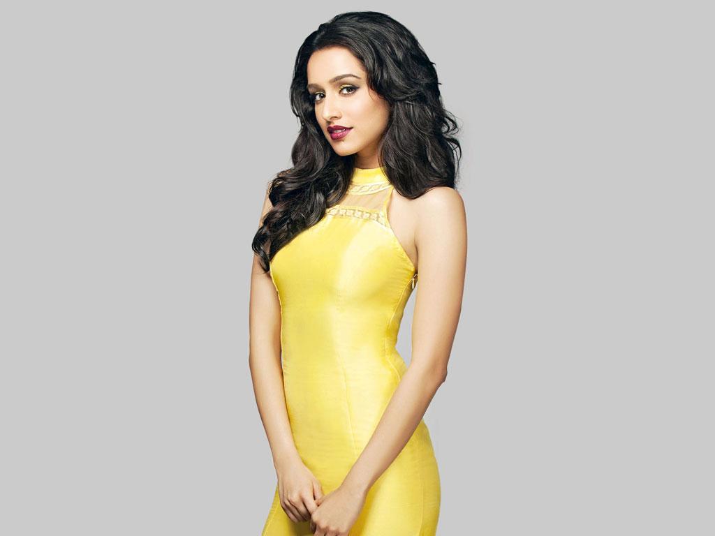 Bollywood Actress Shraddha Kapoor Latest Hot Wallpaper-6000