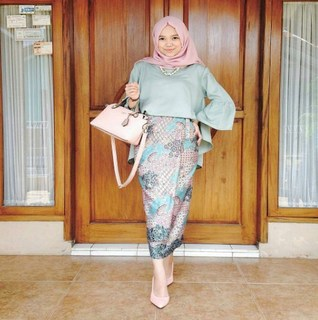 rok span baju batik