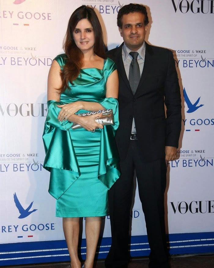 Simone Khan, Ajay Arora, Pics from Red Carpet of Grey Goose & Vogue's Fly Beyond Awards 2014