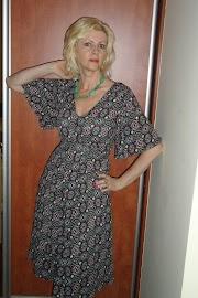 Sukienka z okładki.