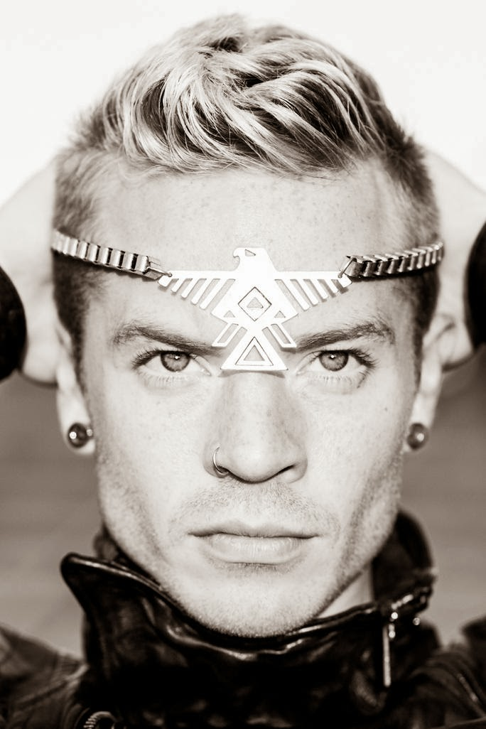 Lilybop 2012: It's Official! Sauli Koskinen Is New Paparazzi Model Management Model!