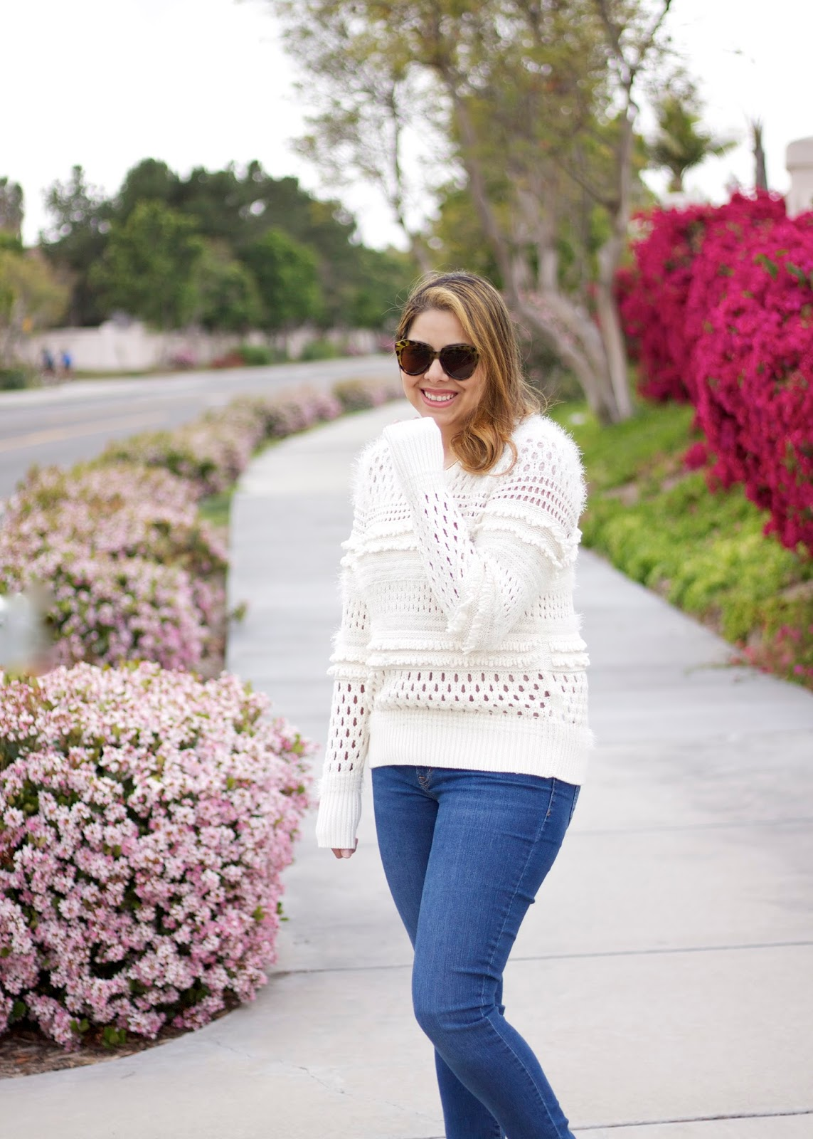 San Diego fashion bloggers, best of san diego bloggers, short hair blogger, old navy jeans