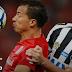Sob olhares de Tite e com polêmica, Inter e Santos empatam em 2 a 2 no Beira-Rio