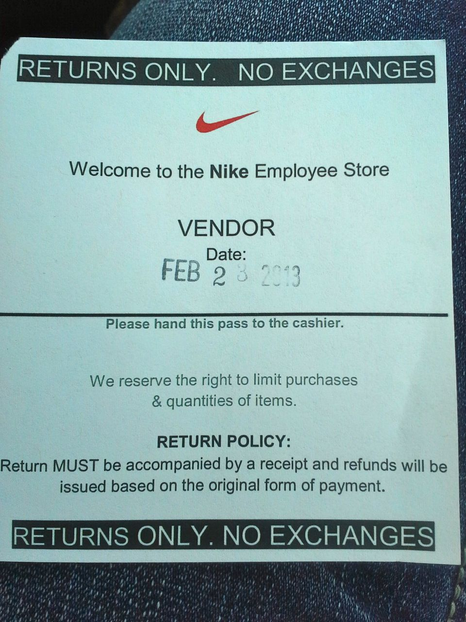 the cozy corner new van nike employee store and a fun weekend the place is a sportswear dream come true as it has all of nike s latest fashion releases at 50% off jackets shoes accessories they ve got it all
